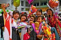 思い出胸に旅立ち 沖縄大学で卒業式