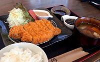 もろみ豚のうま味凝縮 石垣市新川「島のとんかつ屋 川満精肉店」
