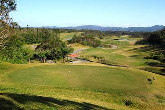 嵐山ゴルフ場(2013年撮影、©OCVB)