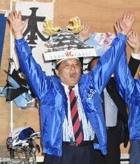 名古屋市長に河村氏4選 天守閣木造化、広い支持