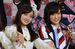 「Rev.from DVL」の橋本環奈さん(左)と「NMB48」の山本彩さん