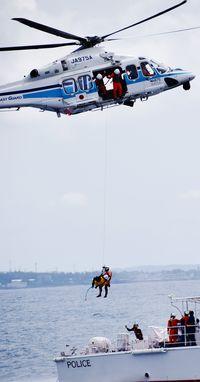 名護湾で3機関合同訓練