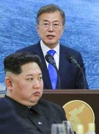 韓国・文大統領、南北融和で支持率8割超 「景気悪化」の声も【深掘り】