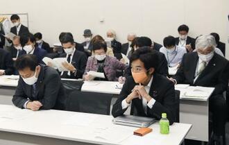 超党派の「空襲議連」が開いた総会=27日午前、東京・永田町