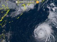 台風8号(マリア):8日夜には「猛烈」に発達し日本の南へ