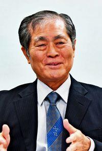 [トップの視点](1)サンエー 上地哲誠社長 全員参加の経営で成長