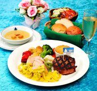 ホワイトデーのお返し、サムズのステーキで 那覇・沖縄市の2店舗で特別ディナー
