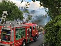 北谷町玉上の民家で火災