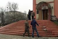 ロシアの教会で銃撃、5人死亡 「イスラム国」が声明