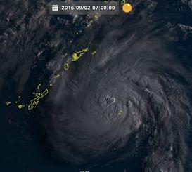 台風12号(2日午前7時、ひまわり8号リアルタイムwebから)