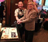 カナダで開店4周年、沖縄の居酒屋「りょう次」 常連客と感謝の宴