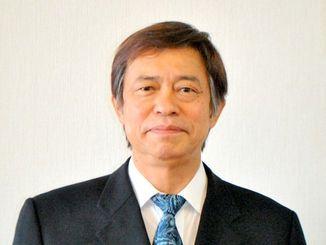 沖縄県の謝花副知事