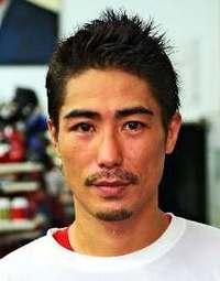 ボクシング翁長吾央、王座ならず 日本スーパーフライ級決定戦