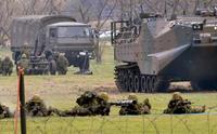 離島防衛力強化へ 陸自水陸機動団が発足式 南西諸島の緊張懸念も