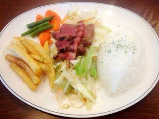 牛ヒレミリオン&シャキシャキ野菜炒め1000円