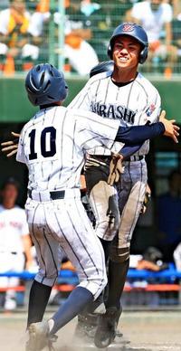 高校野球:ベスト8決まる 浦添商が驚異の粘り 3度追い付き延長サヨナラ