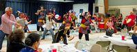 米アトランタで故郷の料理 琉舞も満喫 沖縄県人会150人参加