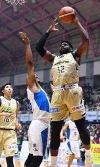 キングス勝利 滋賀に84―53 Bリーグ