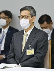 新型コロナウイルス感染症対策本部に出席した新型コロナウイルス感染症対策分科会の尾身茂会長=27日午後、首相官邸