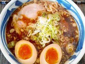 一番人気でお薦めの旭川ラーメン「濃い口 しょうゆ味」