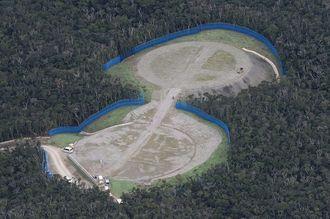 米軍北部訓練場に建設されたヘリパッド(資料写真)