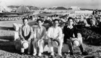 戦前の沖縄、時代写す貴重な資料 元朝日記者の家族が託す