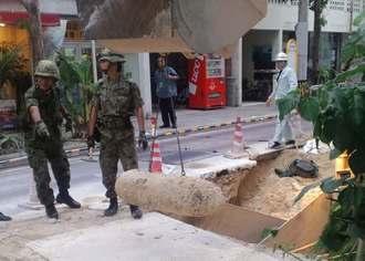 市街地での掘削作業中に見付かった英国製250キロ爆弾の不発弾=4日、石垣市大川(山田克巳さん提供)