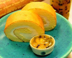 ひまわりファクトリーBon・Bonの「パッションマンゴーロールケーキ」