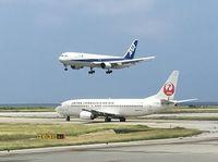 JAL、ANA予約好調 8月10~20日の沖縄関係路線