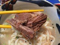 那覇市のニシムイそばでニシムイそば(中)を食べたの巻 運転手メシ(250)