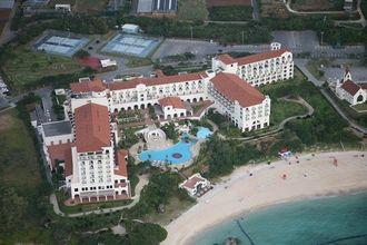 ホテル日航アリビラヨミタンリゾート沖縄(2005年撮影)
