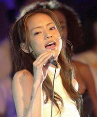 安室奈美恵さんの曲が一日中流れる「ナミエDAY!」 7日スタート 沖縄「RBCiラジオ」