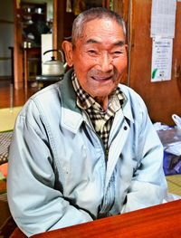 [語れども語れども・うまんちゅの戦争体験](327)/謝敷正市さん/94歳、宮古島市/機銃掃射 必死で逃げた