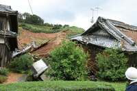 超大型台風、4人死亡 関東横断、大雨、河川はん濫