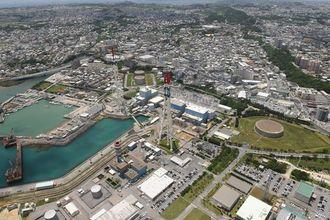沖縄電力牧港発電所=浦添市