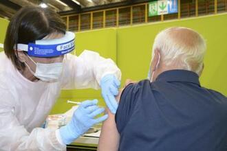 65歳以上の高齢者を対象とした新型コロナウイルスワクチンの接種