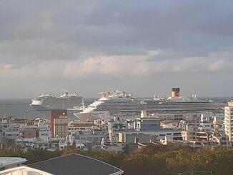 (資料写真)那覇の寄港したクルーズ船