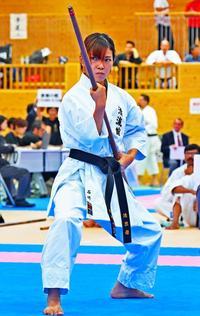 熱き闘い、気迫の拳 第1回沖縄空手国際大会・前半戦