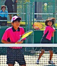 中学ソフトテニス:女子 福地・嵩原組が優勝 男子は諸喜田・天願組