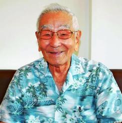 「空手を通して世界が広がった」と語る友寄隆宏氏=6月27日、沖縄市