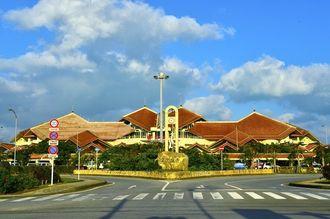 宮古空港(写真提供:沖縄観光コンベンションビューロー)