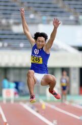 男子走り幅跳びで3位だった泉谷駿介=熊谷スポーツ文化公園陸上競技場