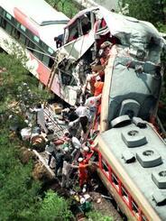 1991年5月14日、滋賀県の信楽高原鉄道で列車同士が衝突、42人が死亡した事故現場