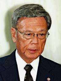 翁長知事の対応を疑問視する声 沖縄県幹部は教育庁に恨み節