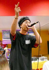 「ナチュラルでハイ」 那覇出身のラッパー・唾奇(つばき)、沖縄にこだわり