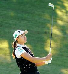 女子ゴルフの樋口久子・三菱電機レディースに向け、最終調整する渋野日向子=武蔵丘コース