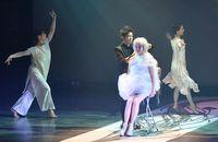 ハサミの力で魅了、美容師ら世界観演出 タイムスビルでヘアショー