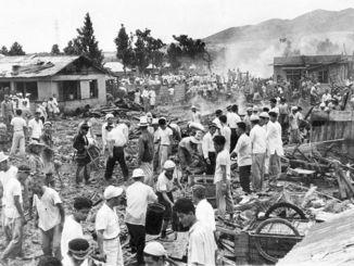 1959年に石川市(現沖縄県うるま市)の宮森小学校と周辺に米軍機が墜落した事故。児童や住民18人が死亡、210人が負傷した