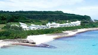 伊良部島に建設を計画しているホテルとコテージを備えた施設「ブルーオーシャン宮古島」のイメージ図(三光ソフランホールディングス提供)