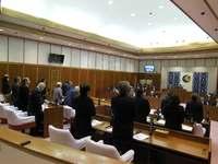 銃所有の米兵、脱走事件に抗議 読谷村議会